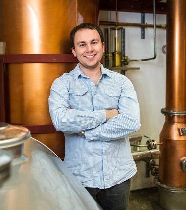 Cosmo Caddy - Dappa Distiller Supreme